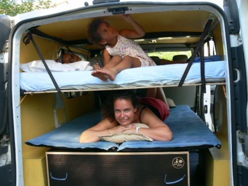 Nomad-Addict Kit DUO et Lit Enfant dans Trafic