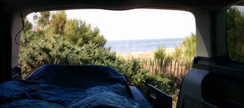 dormir dans sa voiture amenagement lit nomad addict kit nomad 10 nomad addict. Black Bedroom Furniture Sets. Home Design Ideas