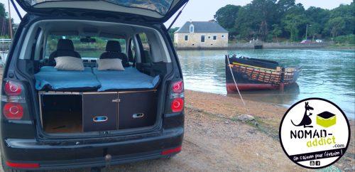dormir dans sa voiture amenagement lit nomad addict kit nomad 2 nomad addict. Black Bedroom Furniture Sets. Home Design Ideas
