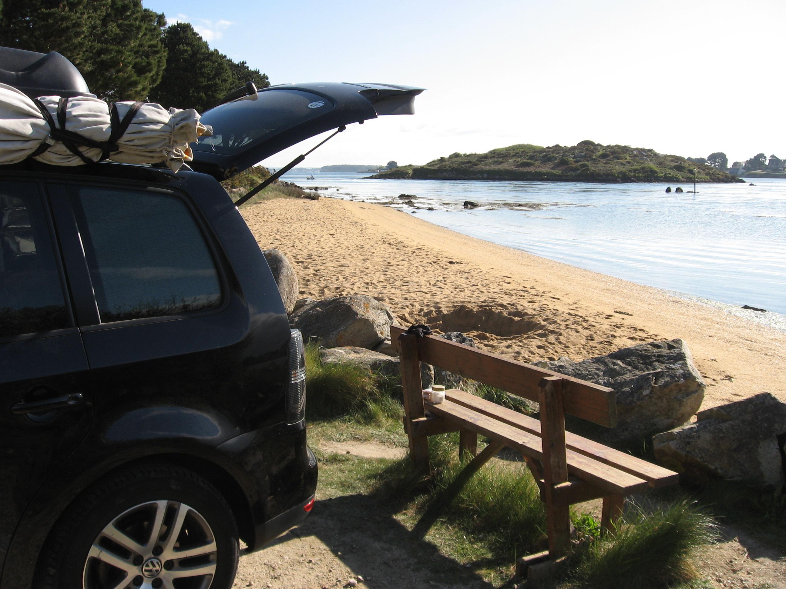 Aménagement pour installer un lit et dormir dans son véhicule : sa voiture , son fourgon, son camion par Nomad-Addict : Le Kit Duo