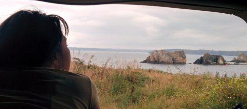 Les kit Nomad Addict permettent de transformer et aménager votre véhicule voiture ou fourgon en mini camping-car. C'est la solution idéale pour installer un lit, camper et dormir dans sa voiture ou son fourgon aménagé. Nos kits de camping pour voiture sont entièrement amovibles en quelques minutes.